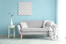 what colors go with light blue walls