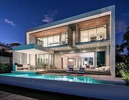 Lavish Contemporary Miami Residence With A Coastal Flavor Miami Magnificent Miami Home Design Exterior