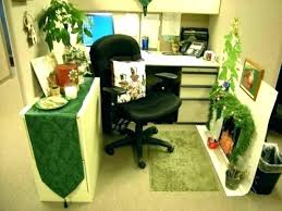 Office decorating ideas christmas Decorating Contest Christmas Desk Decoration Ideas Desk Decoration Ideas Simple Office Decorating Trendy Professional Decor For Work Themes Amazonprimevideoinfo Christmas Desk Decoration Ideas Desk Decoration Ideas Simple Office
