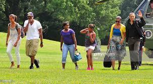 Malia Obama; Avery Robinson ; Roxanne Nesbitt ; Sasha Obama; first... News  Photo - Getty Images