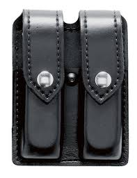 Double Magazine Pouch With Handcuff Holder Safariland Model 100 Double Magazine Pouch Holsters Duty Gear 13
