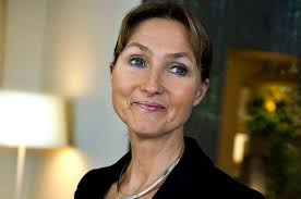 ... som Poolias ordförande Björn Örås uttryckte det. Bara en vecka innan hade styrelsen uttryckt sitt stöd för vd:n. Hela den kladdiga avskedsprocessen ... - poolia655x436_995090c1