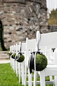 Moss Balls Wedding Decor Awesome 32 Best Images About мох на стене On Pinterest Kissing Ball Garden