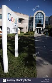 google office tel aviv 31. GOOGLE OFFICES LOGO BUILDING 44 MOUNTAIN VIEW CALIFORNIA USA 21 July 2010 - Stock Google Office Tel Aviv 31