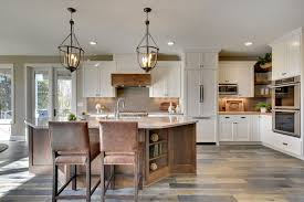 country kitchen with vinyl plank floors