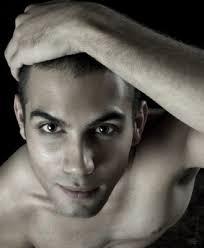 El actor: Jorge Quesada. Es un joven actor madrileño licenciado en la RESAD en el recorrido de interpretación textual de la promoción 2006-2010. - Jorge-Quesada-1-329x400