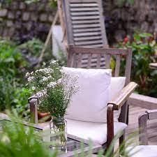 how to protect teak garden furniture