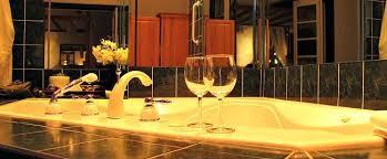ontario jetted tub suite swiss hotel ottawa
