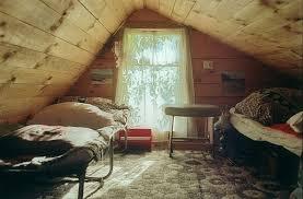 Bonus rooms  rustic bedroom in the attic ...
