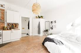Well, another dreamy small space this week. Couldn't help it, love this one  room studio in Stockholm.