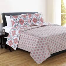 Buy Coral Quilt Bedding from Bed Bath & Beyond & Great Bay Home Sasha Reversible Full/Queen Quilt Set in Coral Adamdwight.com