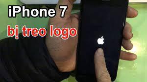 Khắc phục lỗi iPhone 7 bị treo logo, treo táo - YouTube