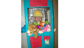 Kids Vending Machine Costume Gorgeous Never Guranteed A Prize Homemade Claw Machine Halloween Costume