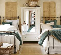 50+ Best Twin Bed Ideas For Small Bedroom 38