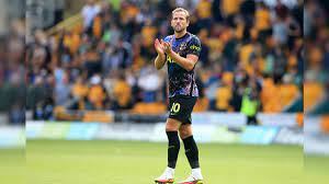 Harry Kane Confirms He Will Remain At ...
