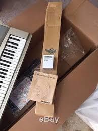 yamaha ypg 235. yamaha ypg-235 76-key portable grand piano premium pack ypg 235 p