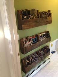 pallet shoe rack wall