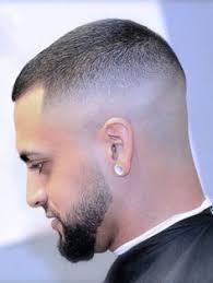 Cheveux Court Homme Dégradé