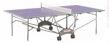 the kettler riga ping pong 7 8 blue top 4 wheels steel frame includes net and posts and free accessory pack