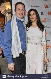 Actor Rachel Weisz and her husband ...