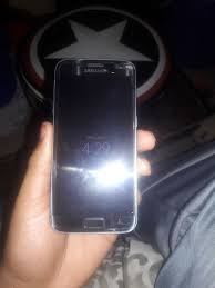 everything works fine galaxy s7 few small cracks everything works fine unlocked need gone