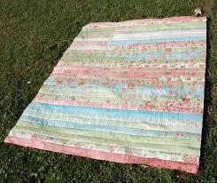 Spun Sugar Quilts: Jelly Roll Race quilt #5 & Jelly Roll Race quilt #5 Adamdwight.com
