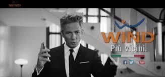Spot Wind 2017 con Fiorello: Io non cambio resto a Wind