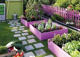 how to make raised garden beds. Pallets Are Nature\u0027s Way How To Make Raised Garden Beds