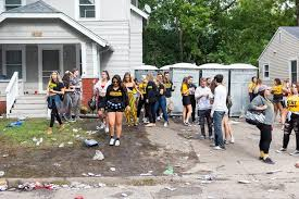 University Of Iowa No Longer A Top 20 Party School The