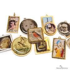 make your own keepsake pendants collage sheets with resin