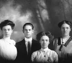 Shelton family portrait — Calisphere