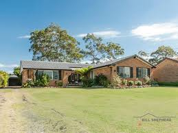10 Throckmorton Street Killingworth Nsw 2278 - House For Sale ...