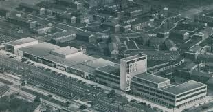 Pleasant Family Shopping: Elmwood Shopping Center, 1952