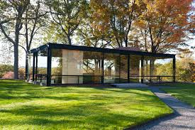 the philip johnson glass house a communion of modern architecture and nature in new canaan ct