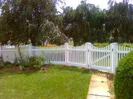 image of vinyl fencing white painted