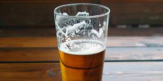 here s why you actually shouldn t serve your beer in a pint glass