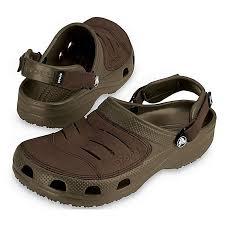 men s yukon croc sandal brown