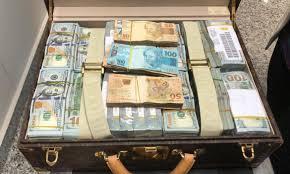 Guiné Equatorial pede bens e dinheiro apreendidos com vice-presidente   Agência Brasil