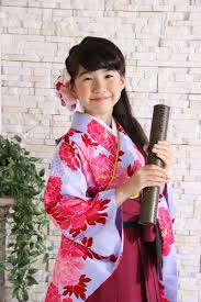 小学生卒業袴前撮りお写真 小学生卒業袴 袴卒業 袴袴 髪型