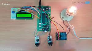 Automatic Room Lighting Using 8051