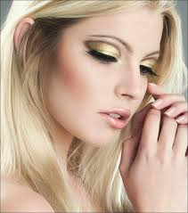 new year bright eyes fete st sylvestre makeup gold