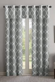 Image Scarves How To Hang Valance And Curtains Overstockcom Hang Valance And Curtains In Easy Steps Overstockcom