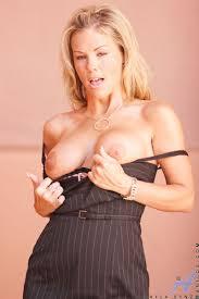 Kayla Synz Milf Secretary Gallery HQseek free mobile porn tube