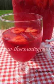 Strawberry Daiquri Recipe Sparkling Strawberry Punch Recipe Ginger Ale Kool Aid And Ale