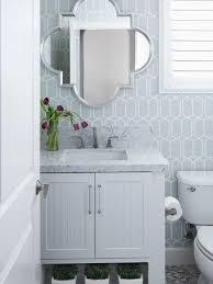 Blue & white modern wallpaper in bathroom