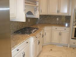 Granite Kitchen Tops Cabinet Color Differences And Love The Color Of The Counter Tops