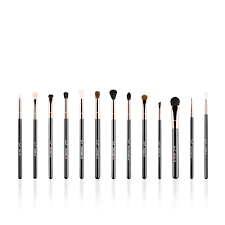 thanks to sigma beauty s new rose gold brush set our eye makeup is going to look flawless