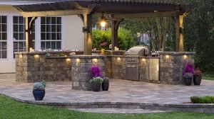 Amazing Outdoor Kitchen Ideas For Enjoyable Cooking Time Outdoor - Outdoor kitchen miami