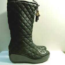 Women's Tory Burch Quilted Boots on Poshmark & TORY BURCH GiGi Black Quilted Tassel Wedge Boots Adamdwight.com