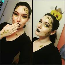 queen bee makeup